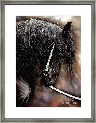 Dont't Bite The Show Lead Framed Print by Caroline Collinson