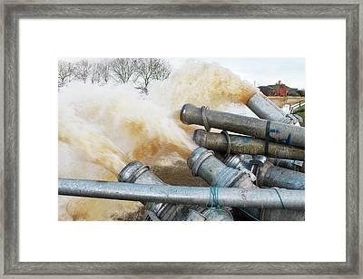 Draining Somerset Levels Floods Framed Print by David Woodfall Images