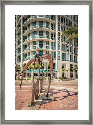 Duenos Do Las Estrellas Sculpture - Downtown - Miami - Hdr Style Framed Print by Ian Monk