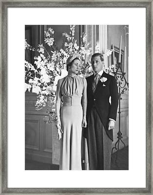 Duke And Duchess Of Windsor Framed Print by Underwood Archives