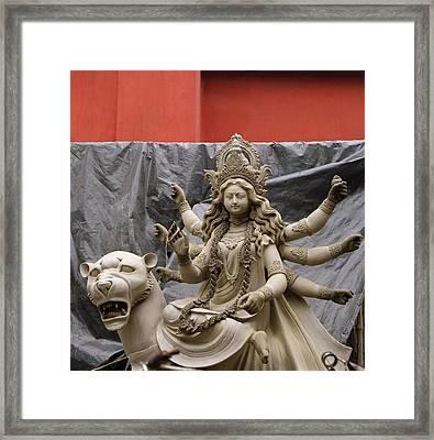 Durga In Kumartuli Framed Print by Shaun Higson