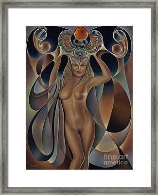 Dynamic Queen 5 Framed Print by Ricardo Chavez-Mendez