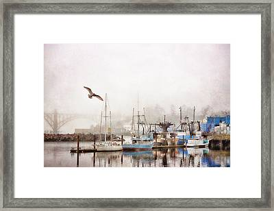 Early Morning Newport Oregon Framed Print by Carol Leigh