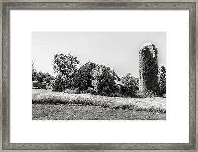 Ebc-21-2 Framed Print by Bob King