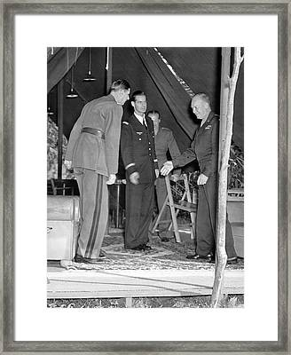 Eisenhower Greets De Gaulle Framed Print by Underwood Archives