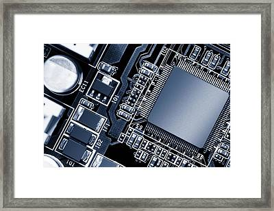 Electronic Circuit Framed Print by Wladimir Bulgar