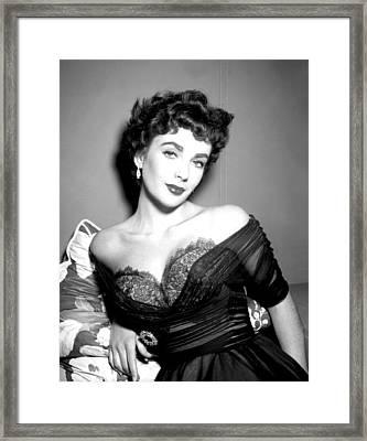 Elizabeth Taylor  Framed Print by Studio Release