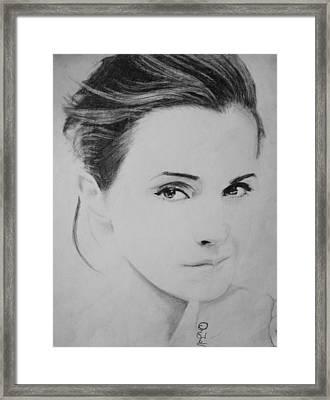 Emma Watson Minimalist Framed Print by Jaedin Always