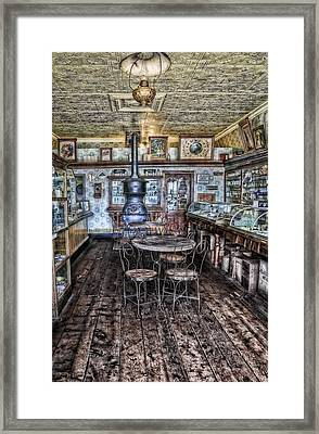 Empty Tables Framed Print by Ken Smith