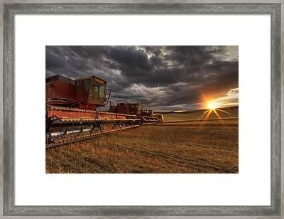 End Of Day Framed Print by Mark Kiver