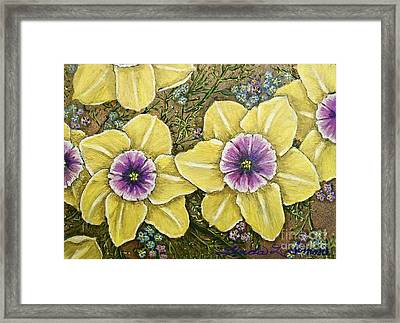 Faces Of Spring    Framed Print by Linda Simon