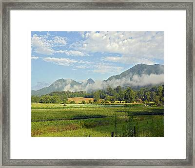 Farm In The Valley Framed Print by Susan Leggett