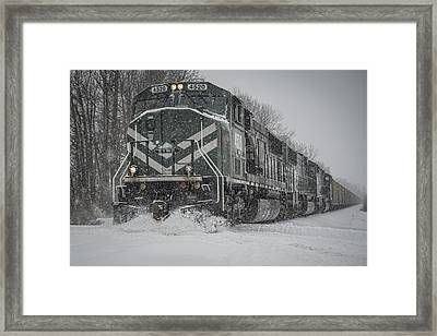 February 16. 2015 - Evwr 4520 Framed Print by Jim Pearson