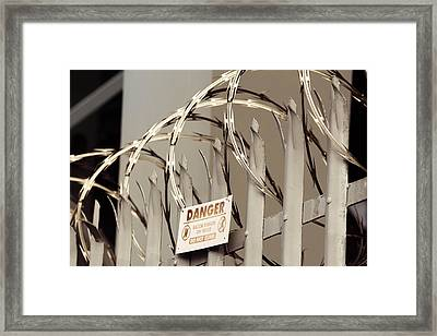 Fence Framed Print by Les Cunliffe