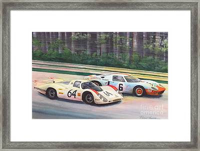Fight For The Lead Framed Print by Robert Hooper