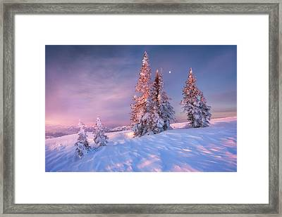 First Light At Powder Mountain Framed Print by Rory Wallwork