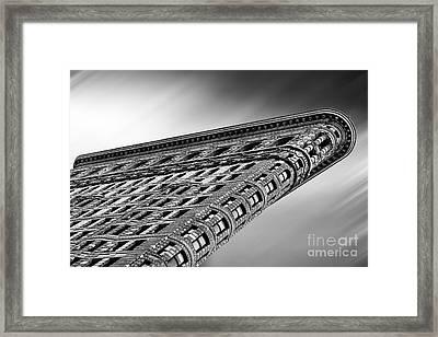 Flatiron Building Nyc Framed Print by John Farnan