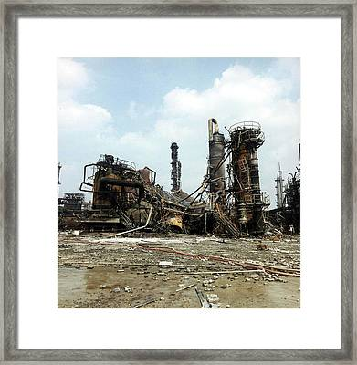 Flixborough Disaster Framed Print by Crown Copyright/health & Safety Laboratory Science Photo Library