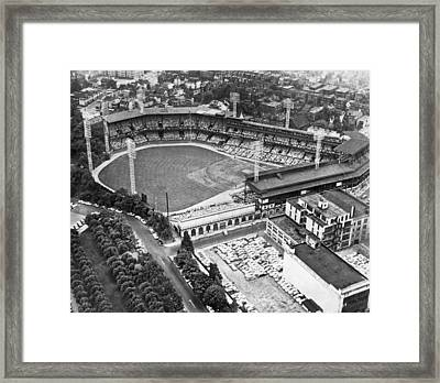 Forbes Field In Pittsburgh Framed Print by Underwood Archives