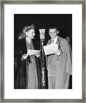 Frank Sinatra And Ann Sheridan Framed Print by Underwood Archives