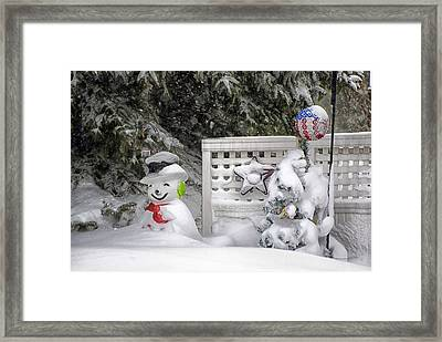 Frosty The Snow Man Framed Print by Thomas Woolworth