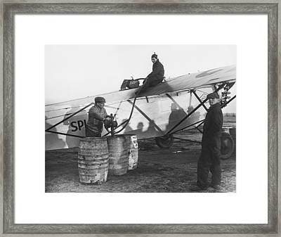Fueling The Splitdorf Framed Print by Underwood Archives