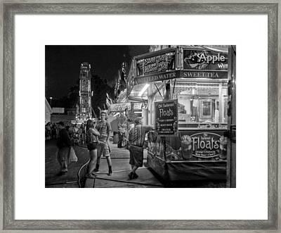 Fun At The Fair Framed Print by Linda Unger