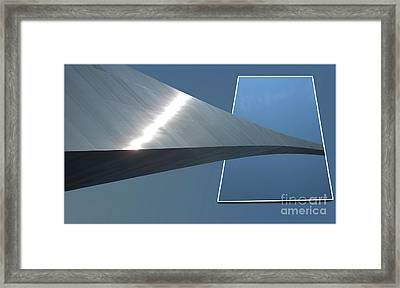 Gateway Arch St Louis 05 Framed Print by Thomas Woolworth