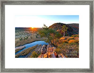Gelen Helen Gorge Sunrise Framed Print by Bill  Robinson