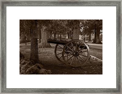Gettysburg Cannon B W Framed Print by Steve Gadomski