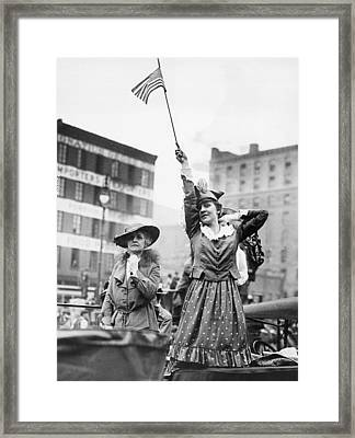 Goodbye To The Troops Framed Print by Underwood Archives