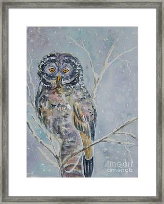 Great Gray Owl On A Snowy Day Framed Print by Ellen Levinson