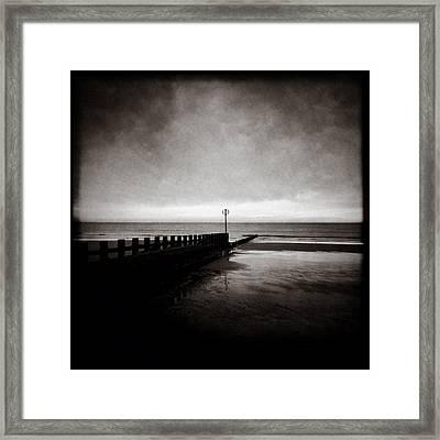 Groyne 2 Framed Print by Dave Bowman