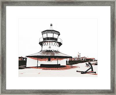 Harwich - Low Lighthouse Framed Print by Richard Reeve