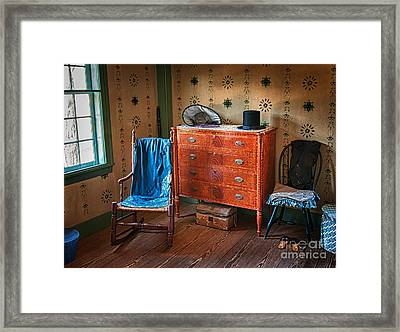 His And Hers Framed Print by Scott Thorp
