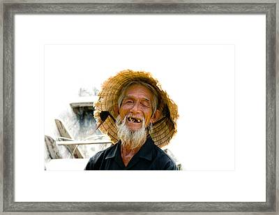 Hoi An Fisherman Framed Print by David Smith