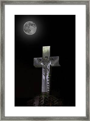 Hollywood Cemetery Full Moon Framed Print by Jemmy Archer