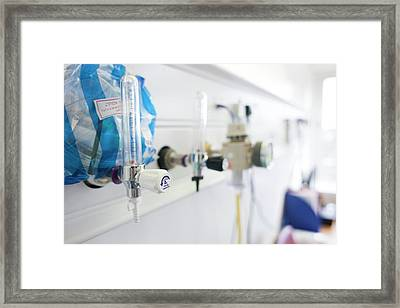Hospital Flow Meters And Suction Unit Framed Print by Science Photo Library