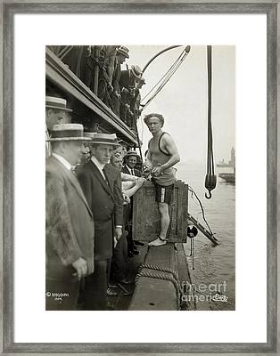 Houdini Overboard Box Escape, 1912 Framed Print by Photo Researchers