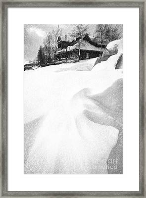 House In Snow Framed Print by Rod McLean