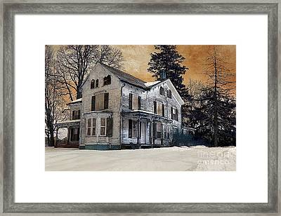 House On Haunted Hill? Framed Print by A New Focus Photography