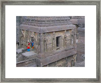Indian Ruin Framed Print by Russell Smidt