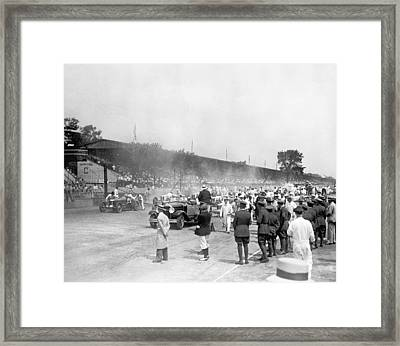 Indy 500 Race Framed Print by Underwood Archives