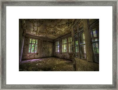 Is That Your Seat Framed Print by Nathan Wright
