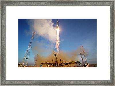 Iss Expedition 46 Launching Framed Print by Nasa/joel Kowsky
