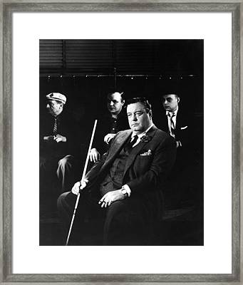 Jackie Gleason In The Hustler Framed Print by Silver Screen
