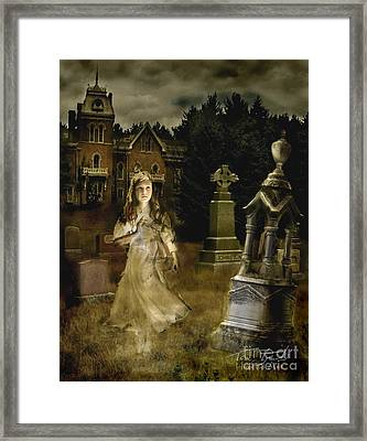 Jessica Framed Print by Tom Straub