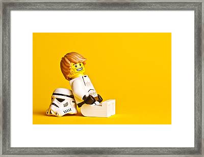 Just Chillin Framed Print by Samuel Whitton