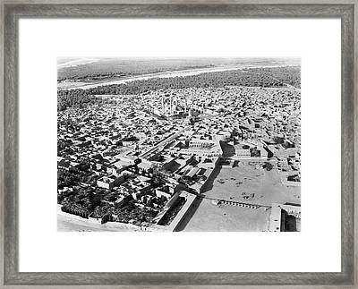 Kadhimain Mosque In Baghdad Framed Print by Underwood Archives