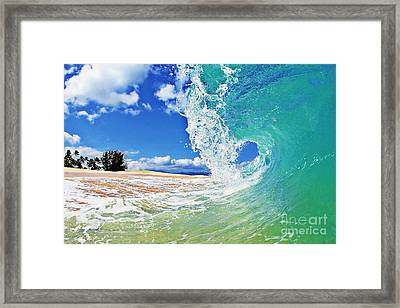 Keiki Beach Wave Framed Print by Paul Topp